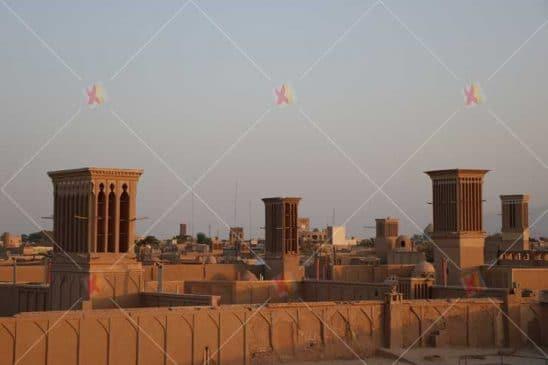 نمای تاریخی و بادگیرهای شهر یزد